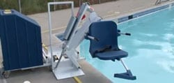 Portable Pool Lift Promotes Eased Maneuverability