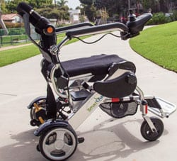 Lightweight Electric Wheelchair Promotes Portability for Users
