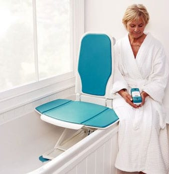 Bath Lift Allows Users to Sit Upright or Recline, Targets Durability and Safety