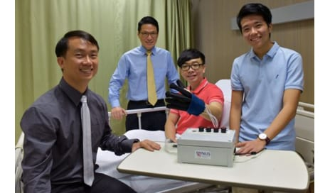 EsoGlove Robotic Glove Engineered to Help Restore Hand Movements