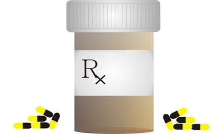 """Study of Hip/Knee Replacement Patients Suggests """"Red Flags"""" About Opioid Use"""