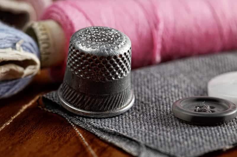 Thimble-Like Device Aids Balance Via 'Light Touch'